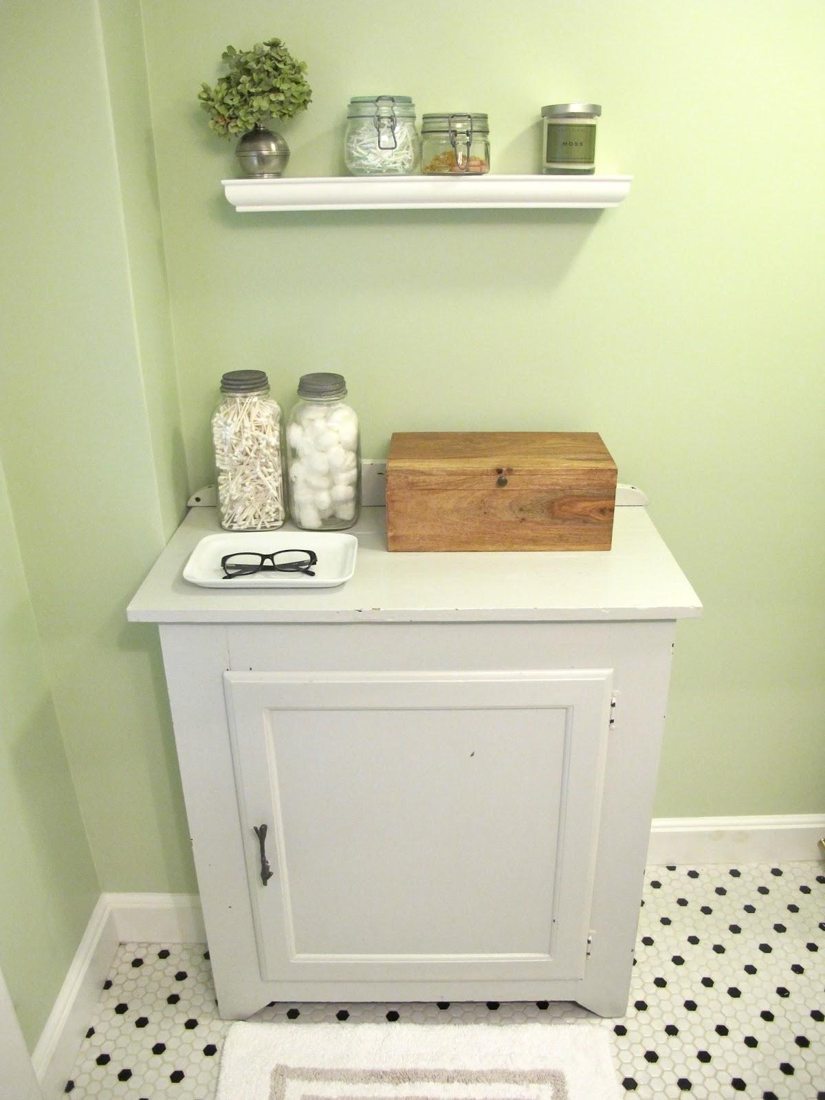 Small Apartment Balcony Garden Ideas: Jenny Steffens Hobick: Bathroom Redo