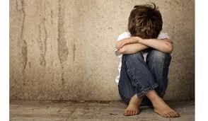 Αγοράκι 1,5 έτους βρέθηκε μόνο του έξω από τον Άγιο Αχίλλιο στη Λάρισα - Έρευνα της αστυνομίας για τους γονείς