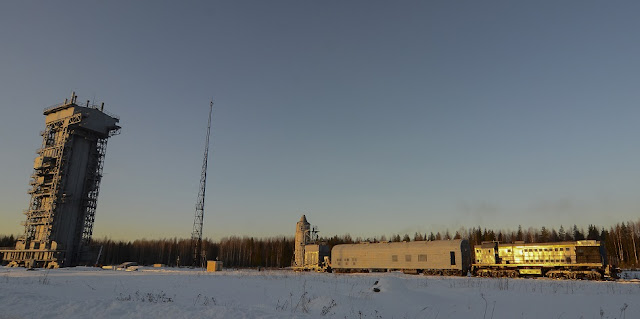 Sentinel-3A upper composite being transferred to the launch pad on Feb. 12, 2016, at the Plesetsk Cosmodrome in northern Russia. Photo Credit: ESA–Stephane Corvaja, 2016