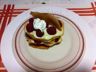 Millefeuilles de framboises, crème fève tonka ou vanille