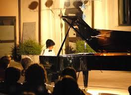 Il grande pianoforte in Costiera Amalfitana