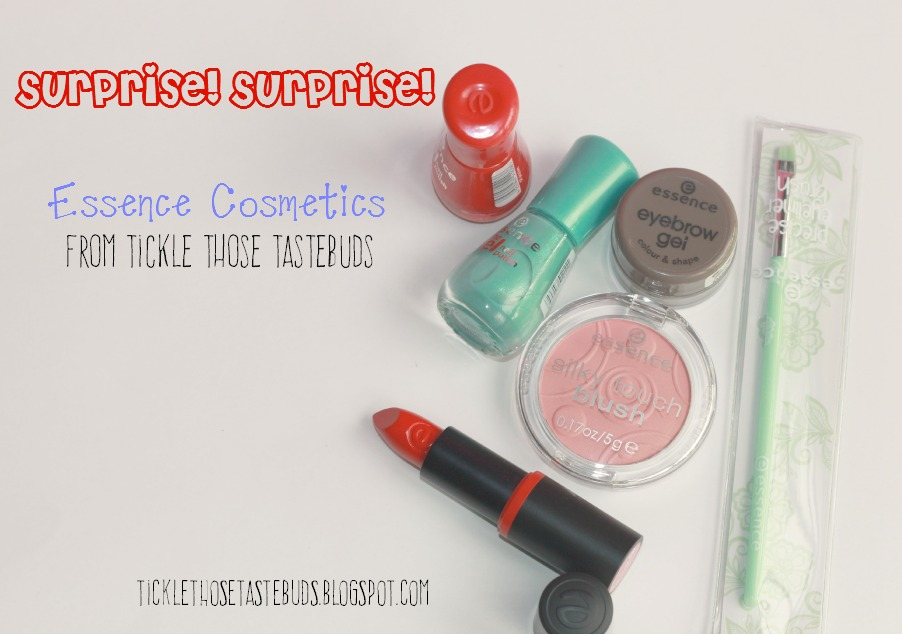 First-Anniversary-Giveaway-Fabulous-Reveal-Surprise-TTTB