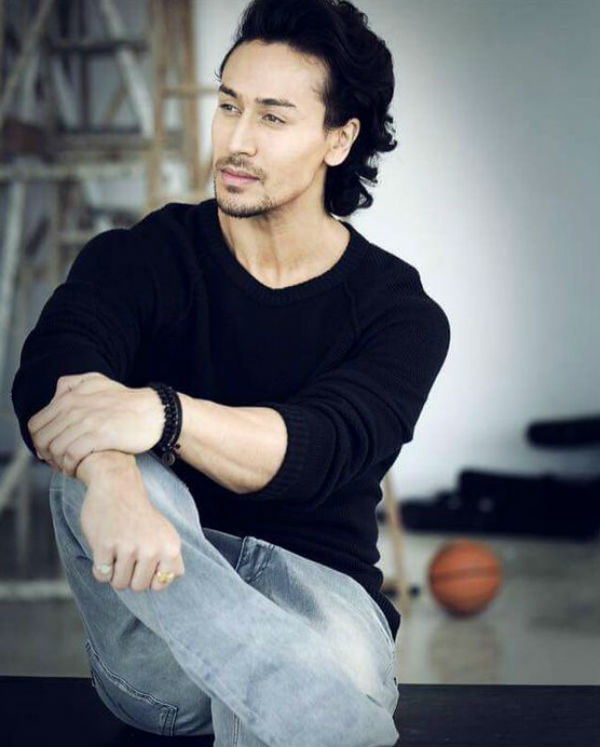 Top 10 Tiger Shroff Bollywood Actress Hd Download Wallpaper And