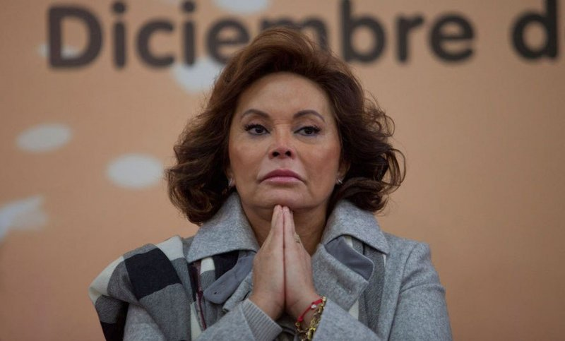 Elba Esther podría recibir millonaria indemnización al demandar la gobierno mexicano.