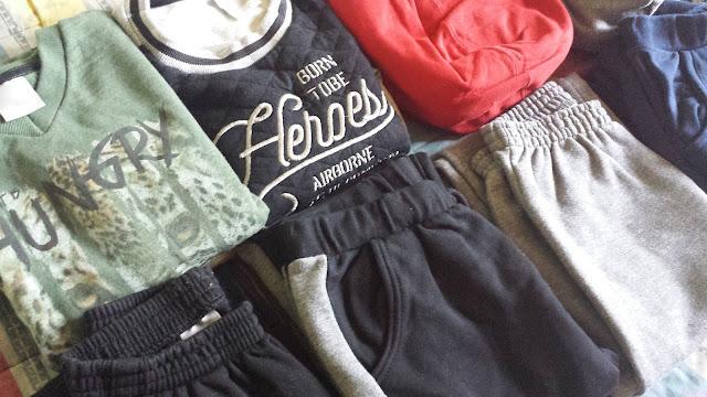 Renovando o guarda-roupa básico e descolado dos meninos