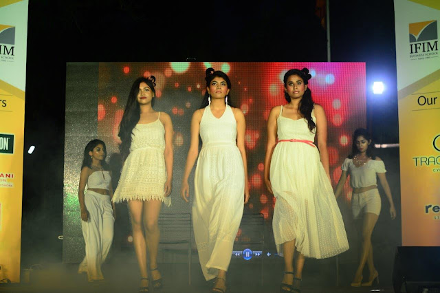 Fashion show at Fest NAMAN
