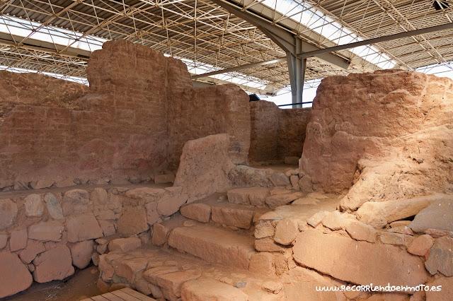entrada original al santuario de Cancho Roano