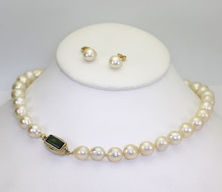 http://www.ebay.com/itm/Antique-Baroque-pearl-tourmaline-necklace-earrings-set-14K-yellow-gold-2-45CT-/231778325938?hash=item35f71095b2