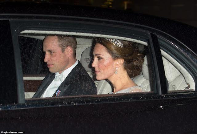 Kate i William na przyjęciu dyplomatycznym w Pałacu Buckingham