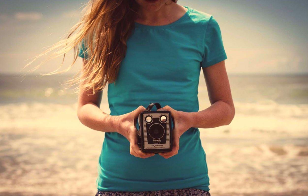 Photo Camera Girl Mood Hd Wallpaper