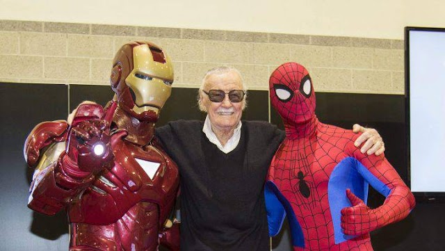 #Entertainment : Super Heroes crying their daddy Stan Lee, the Marvel comic legend ,dead at 95.