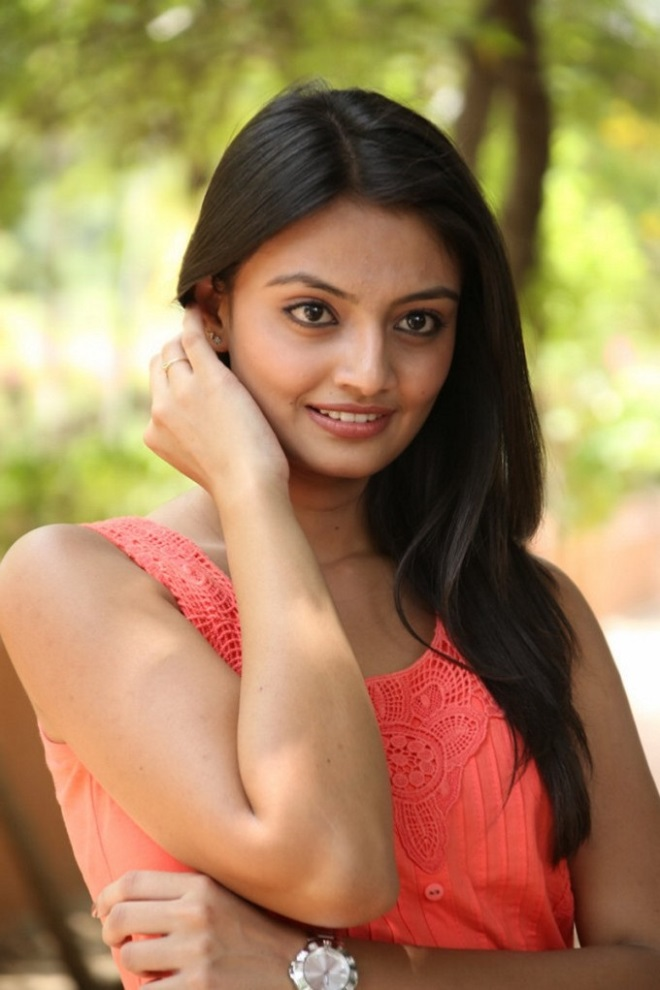Cute and sexy Nikitha narayan in Orange Cotton top HD images gallery