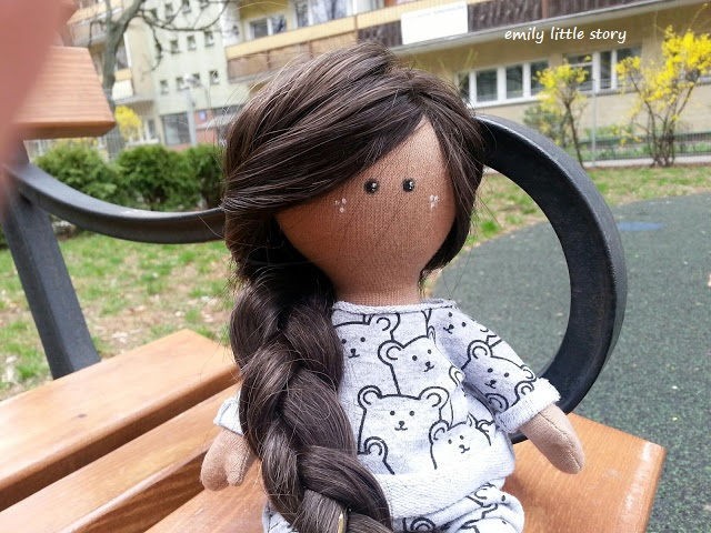 lalka ręcznie szyta