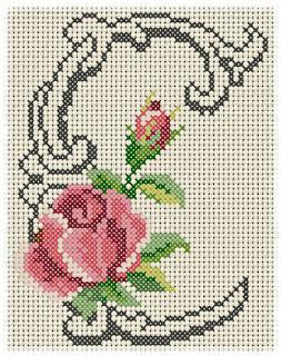Alfabeto Monograma Com Rosas e Arabescos Em Ponto Cruz 4
