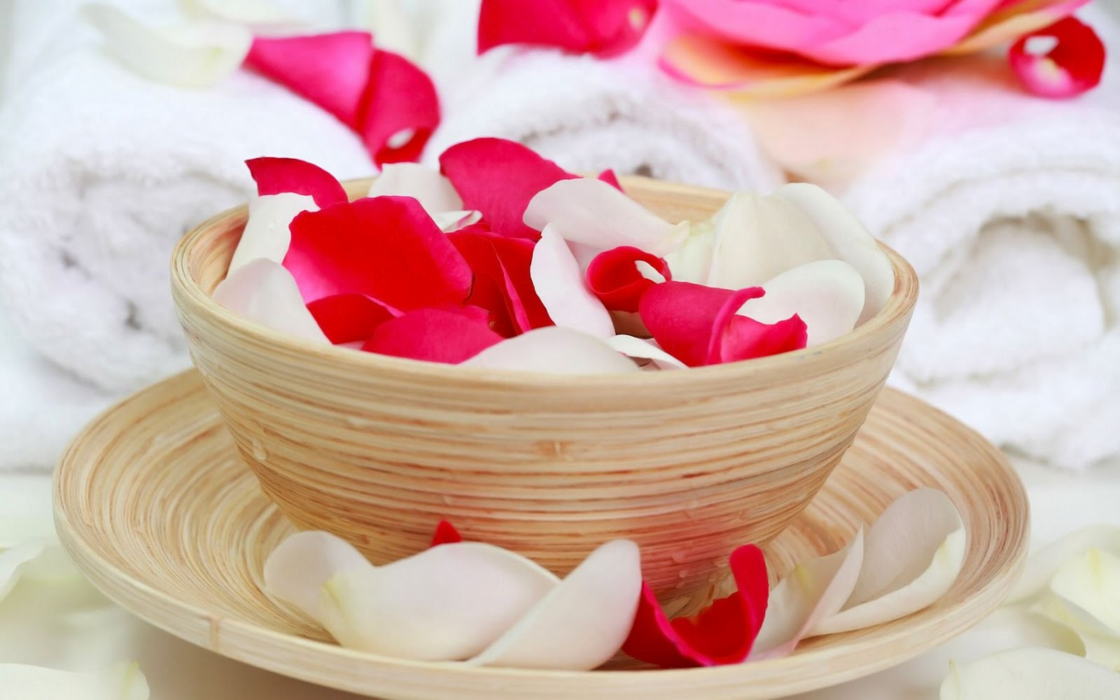 Red White Rose Petals Towels Spa Center Hd Wallpaper Hd Nature