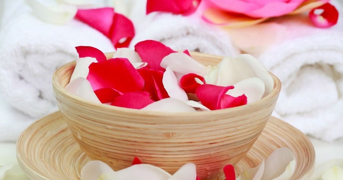 Wallpaper Images Hd Flowers Red White Rose Petals Towels Spa Center Hd Wallpaper Hd