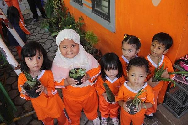 TK Khalifah 3 Makassar Peringati Hari Bumi