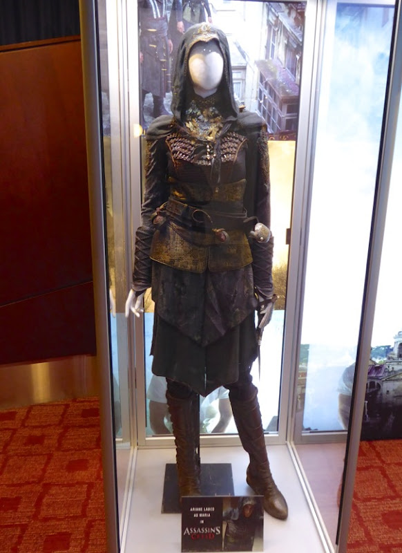 Ariane Labed Assassins Creed Maria film costume