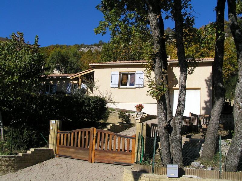 Maison ossature bois vendue a peipin sisteron 04200 vendu for Jardin 04200