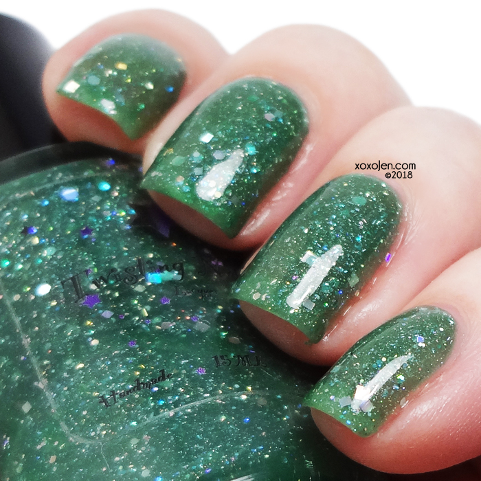 xoxoJen's swatch of Twisting Nether Holly