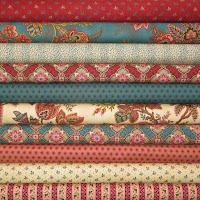 https://www.pelennapatchworks.co.uk/patchwork-prints-fat-quarter-packs/moda-pumpkin-pie-red-blue-10-fat-quarter-pack.html