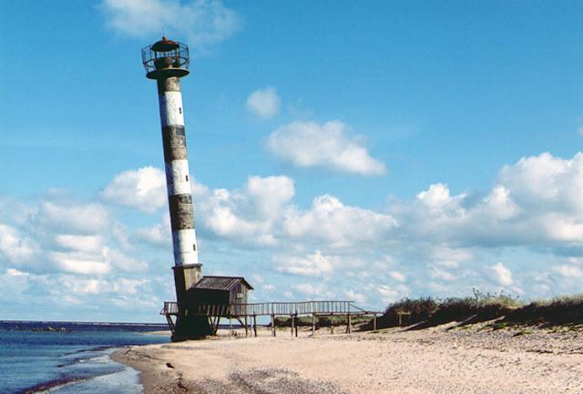 Kiipsaare Lighthouse Daymark