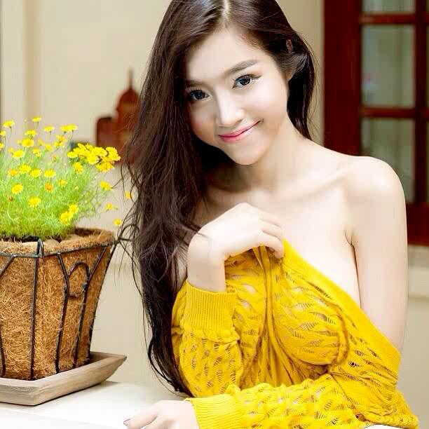 Biodata dan Profil Elly Tran Ha