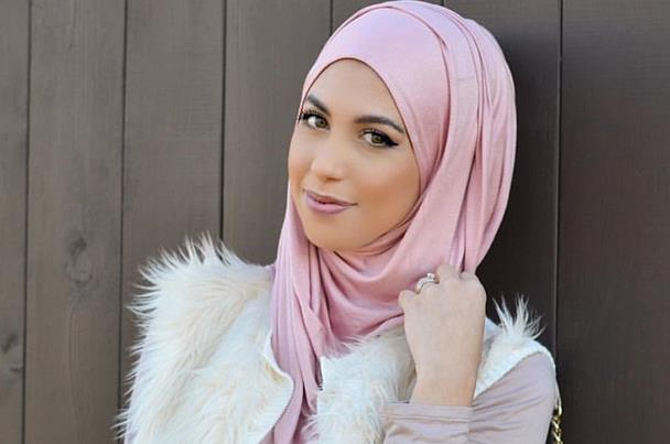 دليلكِ لتتألقي بالحجاب