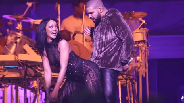 """Rihanna e Drake em mais um quentíssima apresentação do sucesso """"Work""""  (Live In Miami) (Video)"""