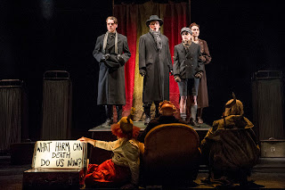 Rupert Charlesworth, Jeffrey Stewart, Callum Thorpe,  Richard Mosley-Evans, Katie Bray, Paula Sides, Robert Winslade Anderson.  English Touring Opera // Bach, Christ lag in Todesbanden.  Photo: Richard Hubert Smith