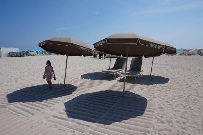Lasten aikaerorasitus / kuva Miami Beach, Florida.