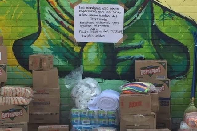 """La ayuda llego de los narcos con este mensaje """"Les mandamos este apoyo esperemos que les sirva a los damnificados del terremoto. Nosotros estamos para ayudar al pueblo. Atte Gente nueva"""
