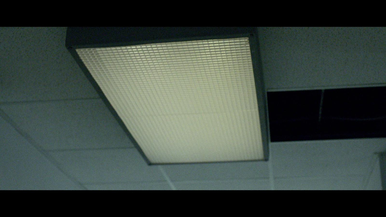Last Shift (2014) 1080p BD25 1