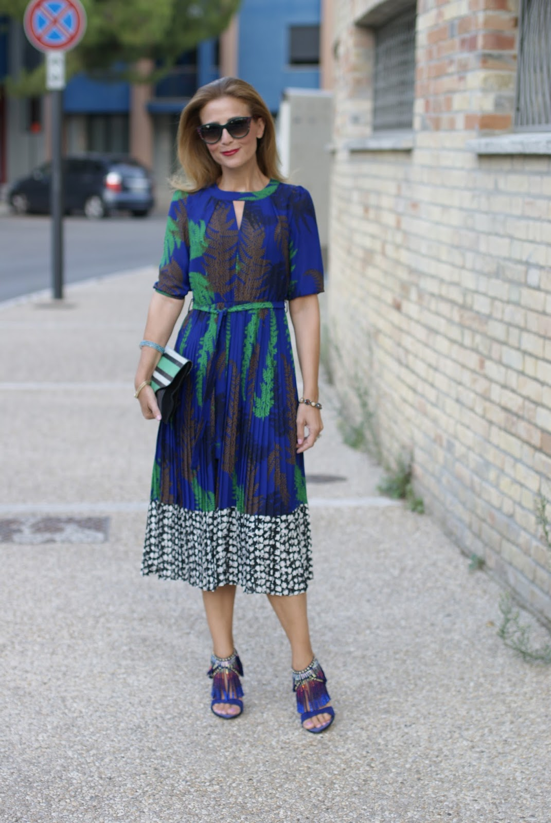 Pleated dress from Dezzal, Thierry Lasry sunglasses found on Giarre on Fashion and Cookies fashion blog, fashion blogger style