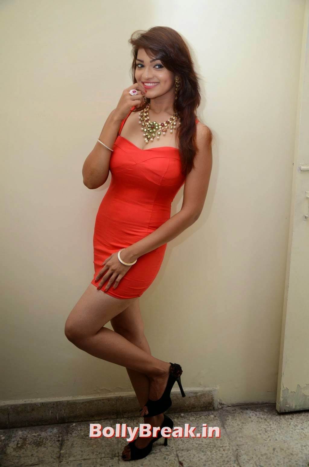 , Aswi Hot Photoshoot Pics in Red Dress - Latest Photo gallery