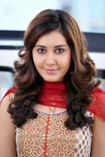 Rashi Khanna Family Husband Parents children's Marriage Photos