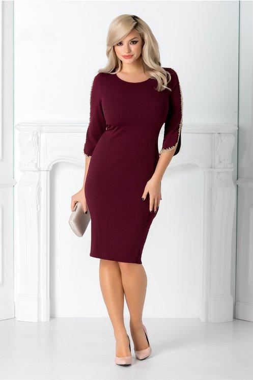 Rochie eleganta midi burgundy conica cu broderie la maneci
