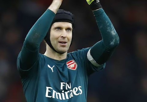 Arsenal can't write off Cech despite Leno arrival, says Seaman