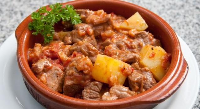 Η συνταγή της ημέρας: «Αργείτικο» στιφάδο από τη... Μεγαλόπολη