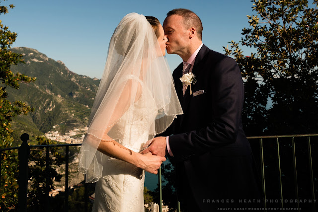 Wedding kiss Ravello