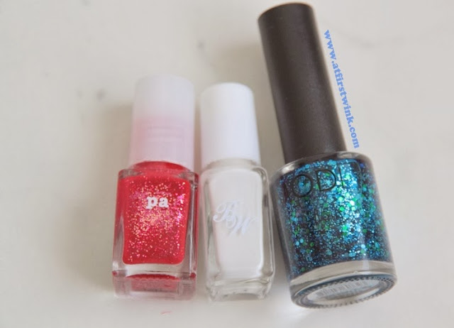 red, white, blue nail polishes for Queensday nail art