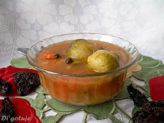 Zupa brukselkowo-pomidorowa (z suszonymi pomidorami)