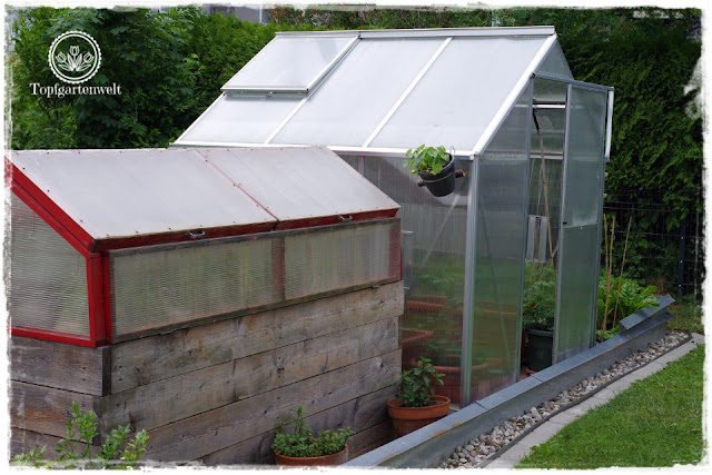 Gartenblog Topfgartenwelt Buchtipp Senkrecht Gärtnern - DIY Projekte Garten - überdachtes Hochbeet