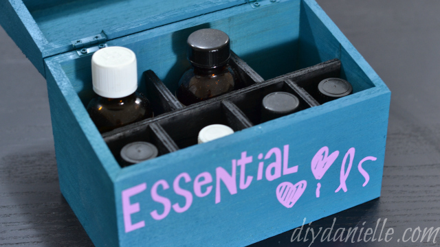 Simple Essential Oil Storage Box