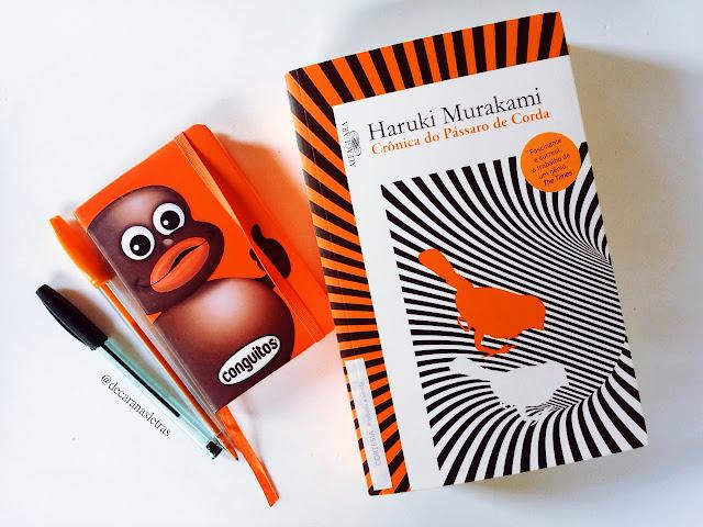resenha do livro crônica do pássaro de corda no blog de cara nas letras