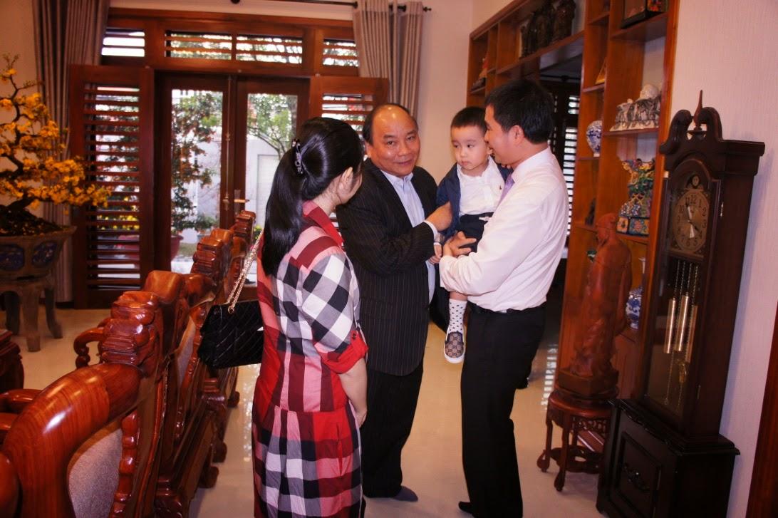 Từ nhà ông Truyền đến Biệt thự biển và Nhà thờ họ của Phó Thủ tướng Nguyễn Xuân Phúc