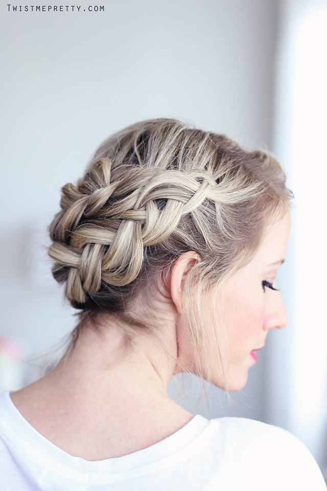 Ten easy and gorgeous hair braid tutorials.  How to create a half crown braid.