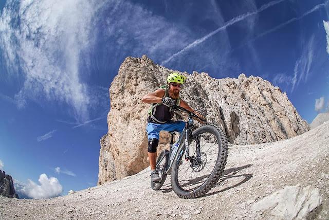 MTB - Pas de Antermoia 2770 m.ü.A Mountainbike Tour Vigo di Fassa
