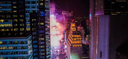 New Year's Eve - New York City Timelapse | So schön feierten die New Yorker in 2015 ( 1 Video )