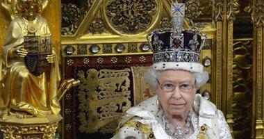 امريكي يدعي أحقيته في عرش بريطانيا الملكي